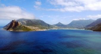 Preciosa foto de Hout Bay en Sudáfrica.