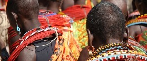 Fotografía de un grupo de Maasais que podremos encontrar Kenia y Tanzania