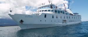 viajes-a-las-islas-galapagos-yate-la-pinta-