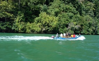 viaje-guatemala-rio-dulce-izabal
