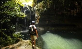 viajes-a-madagascar-parque-nacional-del-isalo-piscina-negra